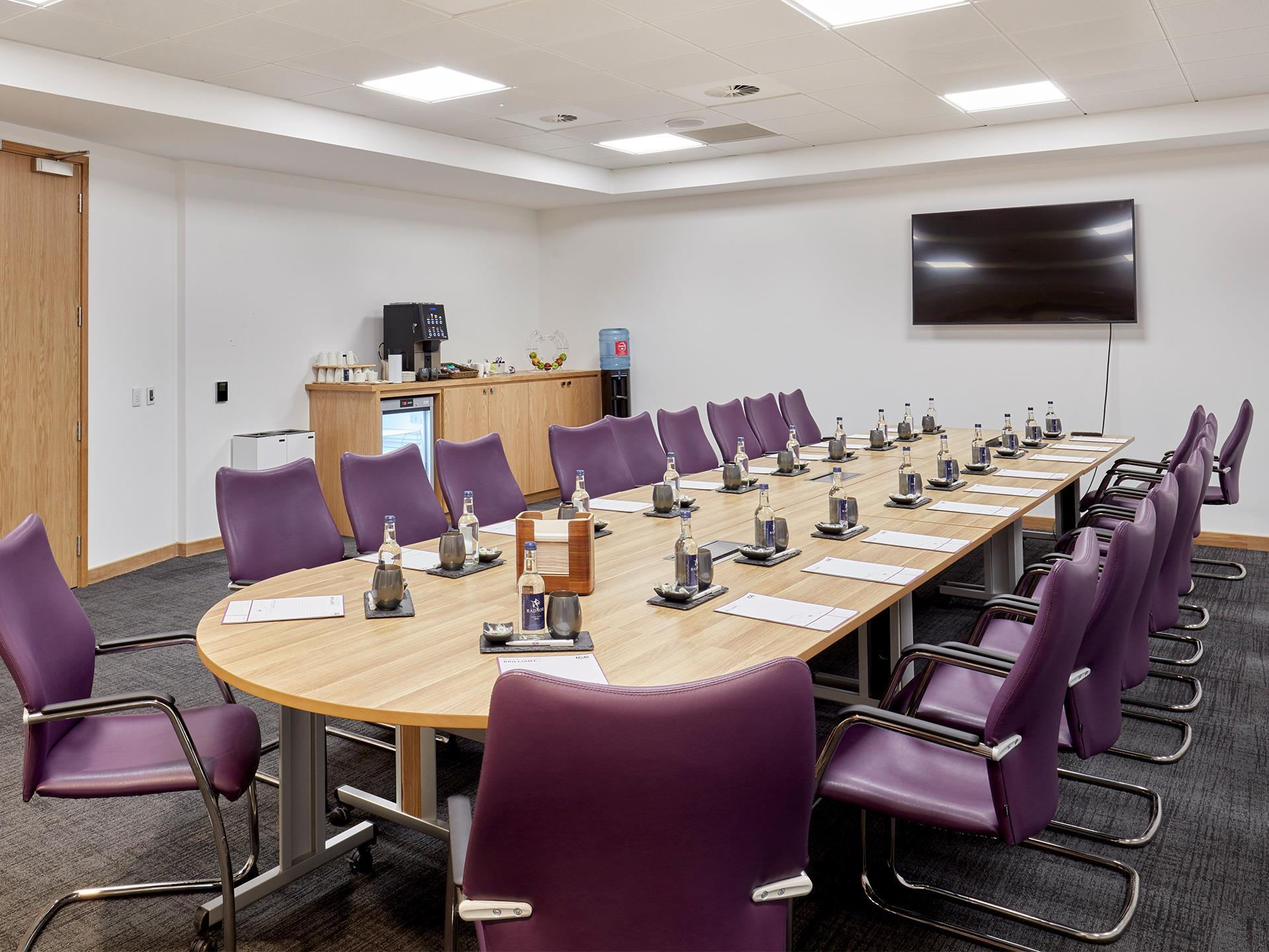 Boardroom (Meeting room 7)