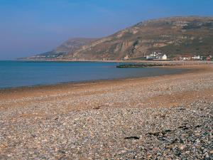 Llandudno West Shore Beach