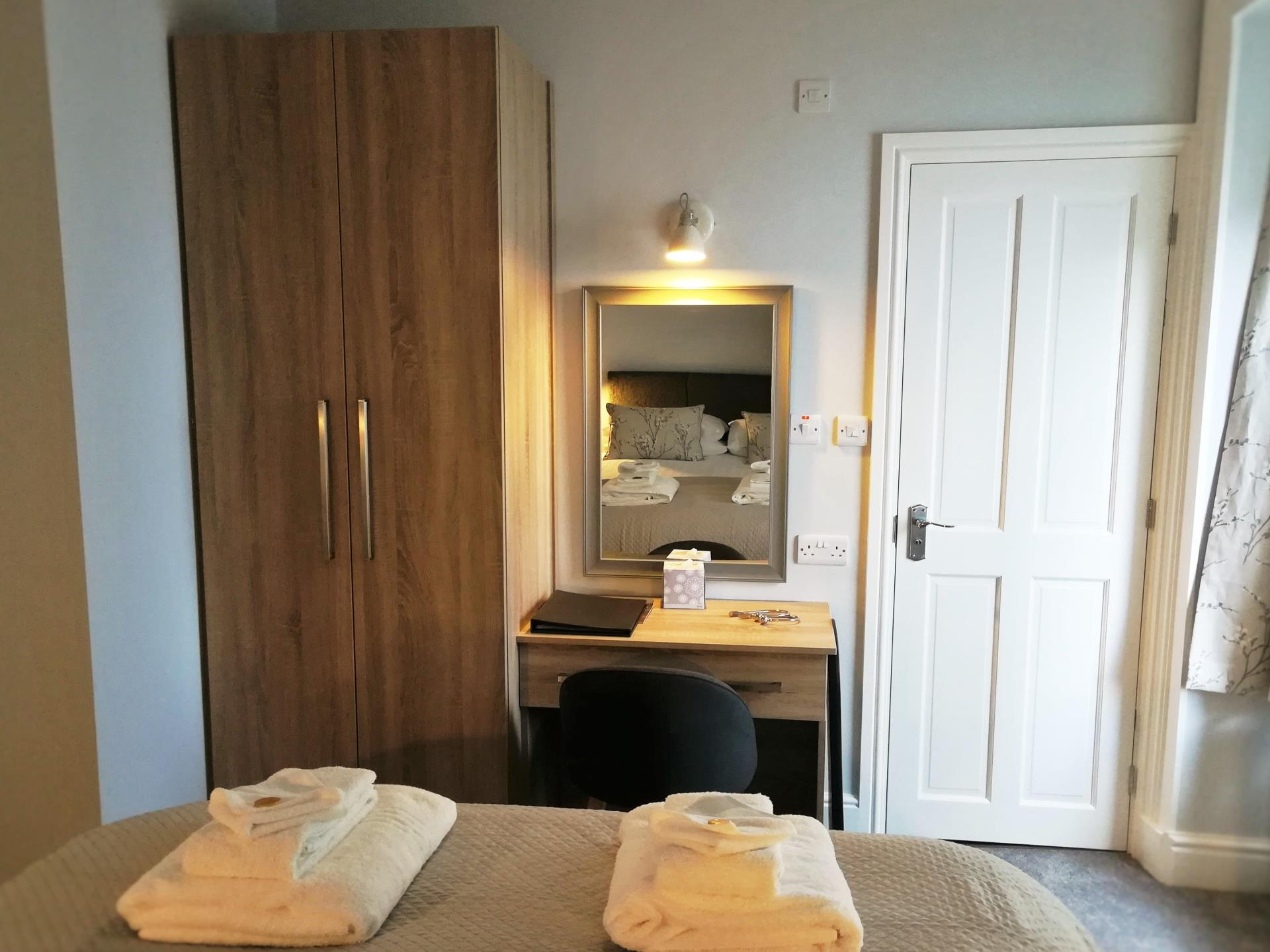 Room 3 - Dressing area