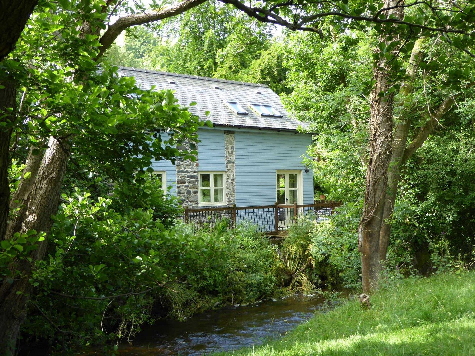 Cottage by River Clwyd