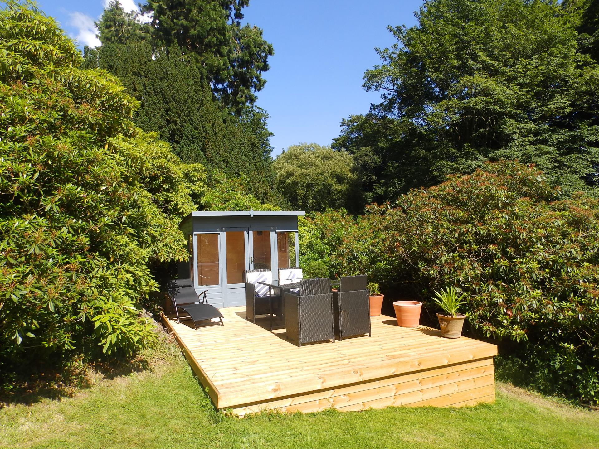 Summer house and decking with gas BBQ