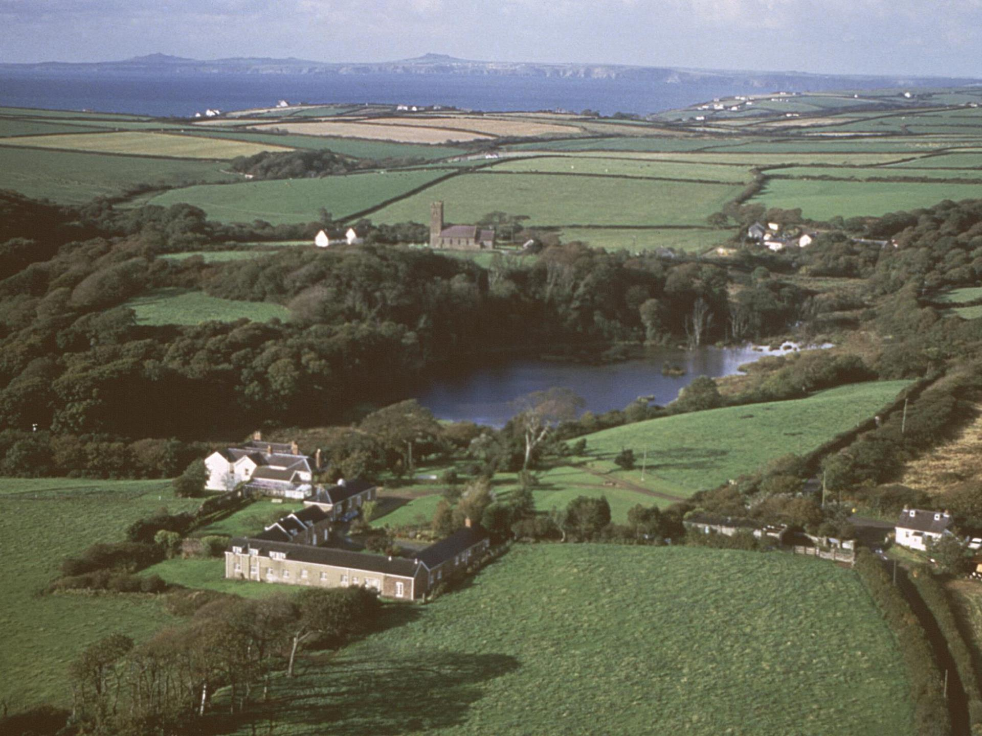 Rosmoor Country Cottages & Nature Reserve