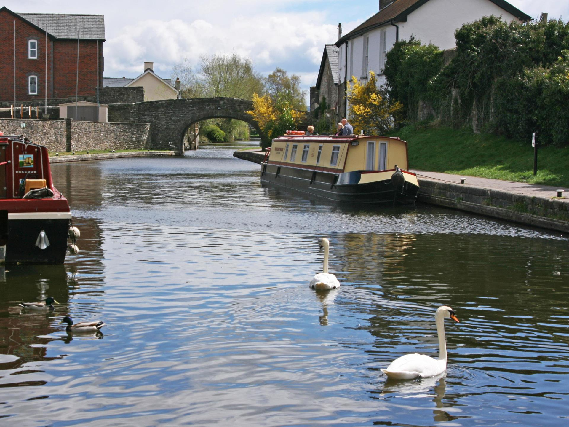 The Monmouthshire and Brecon Canal nearby
