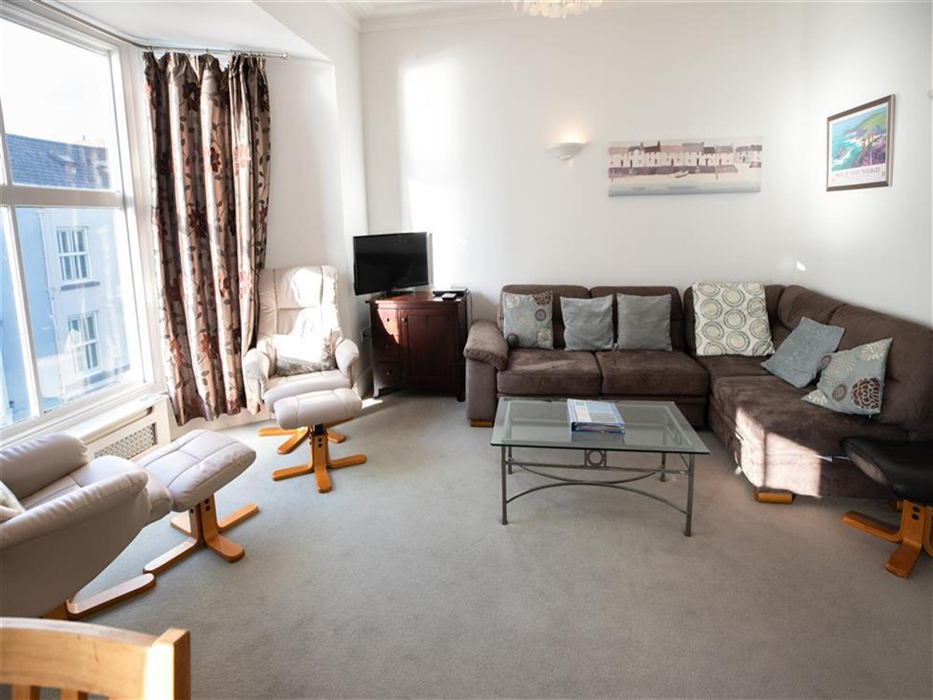 Caldey View 4, Living Room