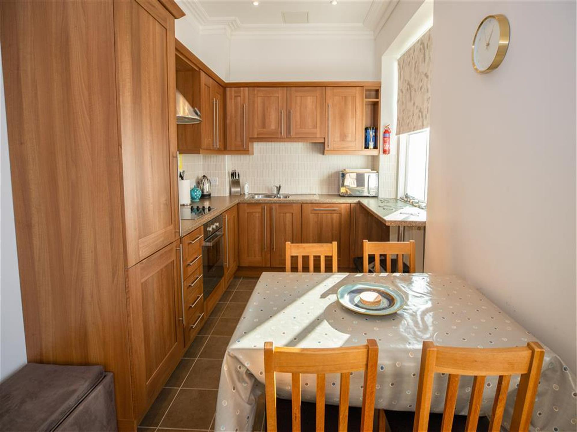 Caldey View 4, Kitchen Dining Room