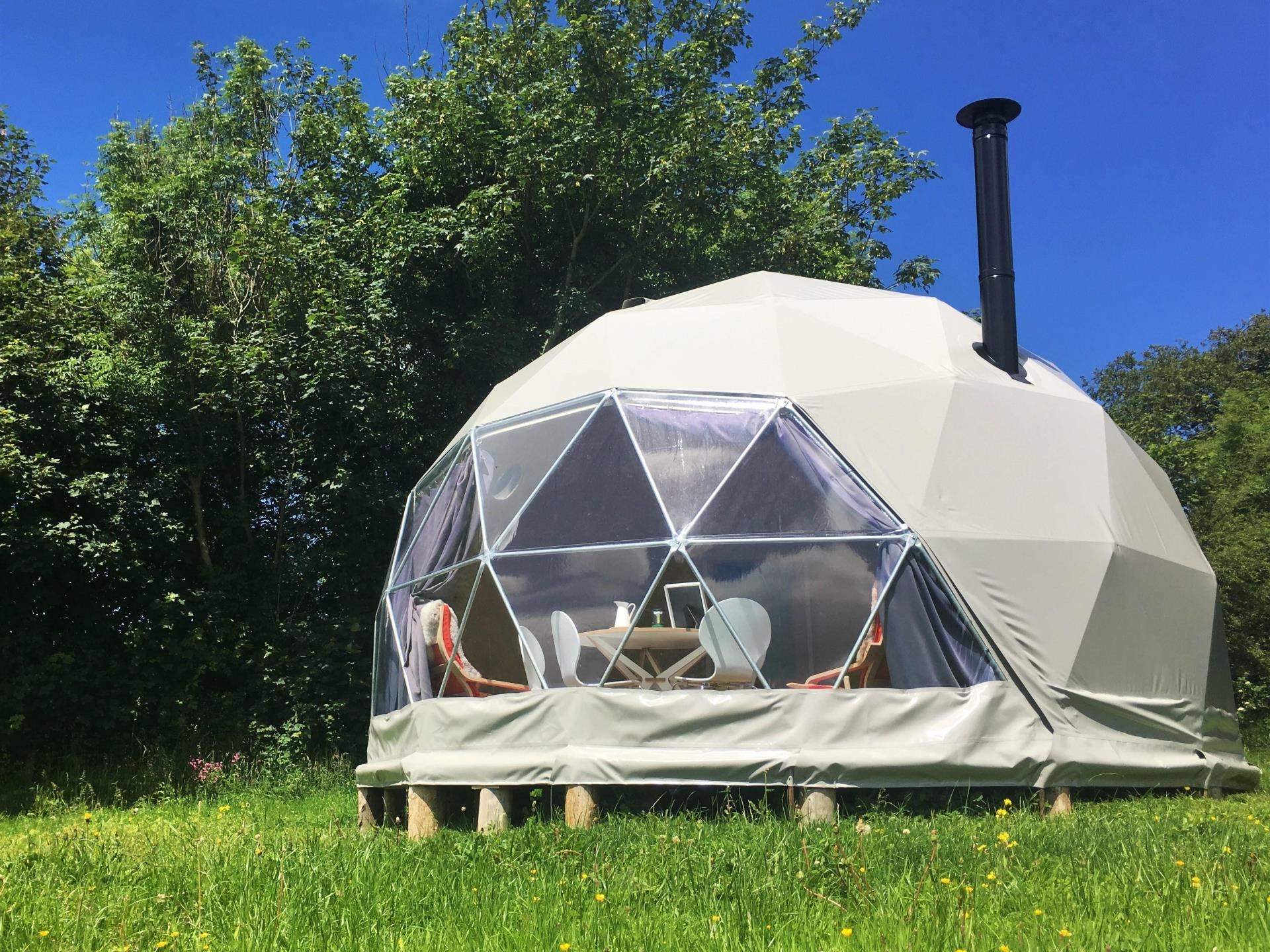 Luxury Glamping Nature Domes at Top of the Woods